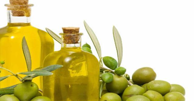 el aceite de oliva en el pelo