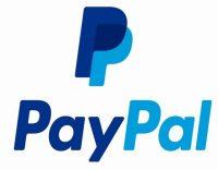 una tarjeta paypal