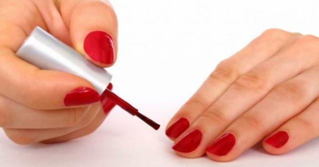 pintarse las uñas