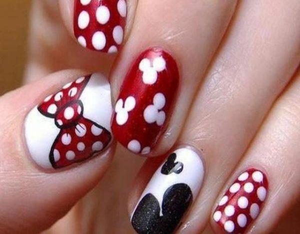 dibujos en las uñas