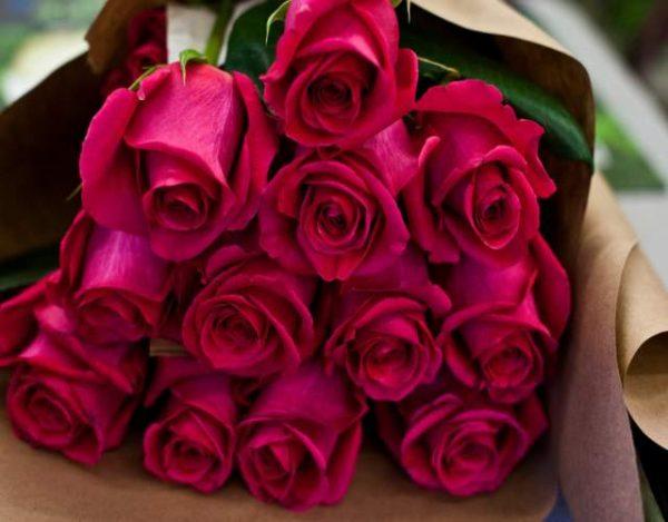 Cómo cuidar un ramo de rosas para que dure mas