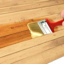 barnizar la madera
