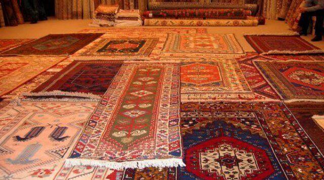 limpiar una alfombra de lana