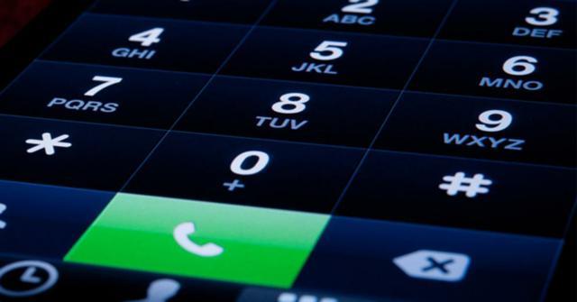 hacer una llamada a tres