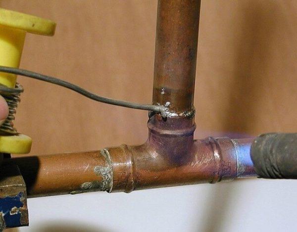 soldar un tubo