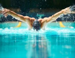 nadar estilo mariposa