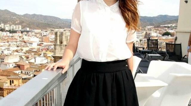 combinar una falda negra