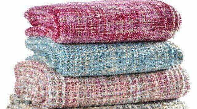 lavar una manta de lana